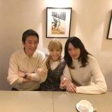 結婚を報告した神田沙也加&村田充と父・神田正輝(写真は神田沙也加公式インスタグラムより)
