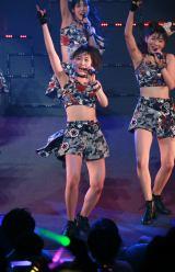 『モーニング娘。'17コンサートツアー春〜THE INSPIRATION !〜』より。写真中央が工藤遥