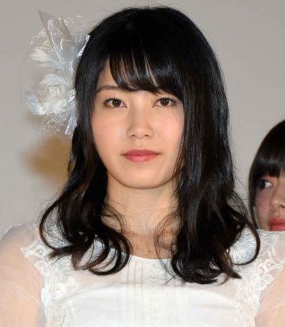 ファッションモデルの横山由依さん