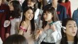 JRA『第84回日本ダービー』新CMに出演している(写真左より)土屋太鳳、高畑充希