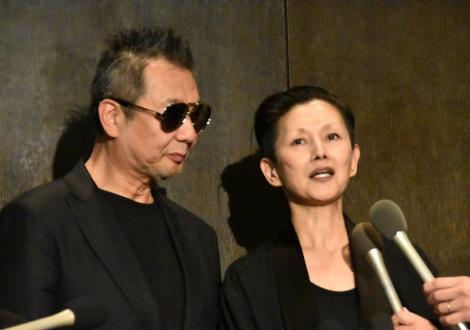 ムッシュかまやつさんお別れの会に参列した(左から)斉藤ノヴと夏木マリ(C)ORICON NewS inc.
