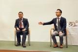 『サクラダリセット 後編』映画公開記念トークイベントに出席した(左から)原作者・河野裕氏とプロデューサー・春名慶氏