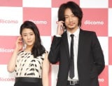 NTTドコモは綾野剛&高畑充希らが新聞記者を演じる「得ダネを追え!」シリーズで3位に返り咲き (C)ORICON NewS inc.