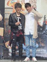 キム・ナムホとTEENTOP・チョンジ(右)。韓国ミュージカル『マイ・バケットリスト』の公開舞台稽古の様子