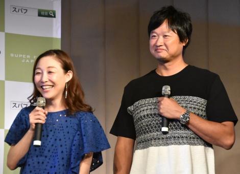 『チアシードホワイトPRイベント』に出席した(左から)小原正子、マック鈴木 (C)ORICON NewS inc.
