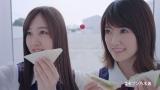 (左から)星野みなみ、樋口日奈=セブン-イレブン×乃木坂46 セブン-イレブンフェア