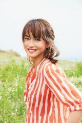 大人の美を表現した長谷川京子(C)Mayumi Koshiishi(MILD)