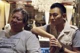 サモ・ハン(左)が監督兼主演を務める映画『おじいちゃんはデブゴン』のメイキング映像が公開