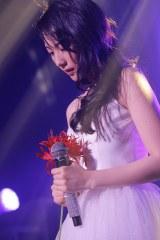 バラード曲パートで感極まって涙するJY Photo by hajime kamiiisaka