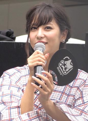 「AbemaTVサテライトスタジオ」オープンイベントに浴衣姿で登壇した石川恋 (C)ORICON NewS inc.