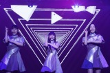 『Perfume Fes!!2017〜前夜祭〜』で電気グルーヴと競演したPerfume 写真:西槇太一