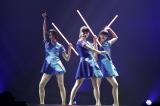 ライトセーバーを使った「GAME」に大歓声『Perfume Fes!!2017』より 写真:西槇太一