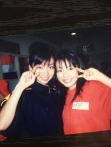チェキッ娘時代の大瀧彩乃さん(左)と上田愛美さん