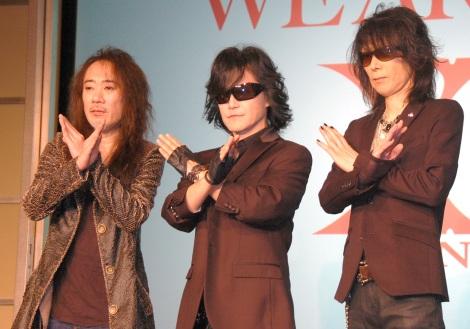 緊急記者会見を開いたX JAPAN(左から)PATA、Toshl、HEATH (C)ORICON NewS inc.