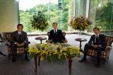 6月24日放送、NHK・BSプレミアム『スーパープレミアム 日本人が最も愛した男・石原裕次郎』に渡哲也(中央)、舘ひろし(右)、神田正輝(左)がそろって出演(C)NHK