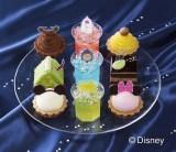 タルト、ゼリー、ケーキがセットになった『プチガトー スターフェスティバル・コレクション(9個入)<ディズニー>』(税込価格:2268円)(C)Disney
