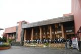 『第9回AKB48選抜総選挙』開票イベントが行われた沖縄・豊見城市立中央公民館(C)AKS