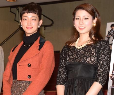 舞台『23階の笑い』のフォトセッションに参加した(左から)入山法子、立花瑠菜 (C)ORICON NewS inc.