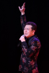 11年ぶりにメジャーレーベル復帰の田原俊彦が73枚目となる新シングル「フェミニスト」の発売記念パーティーを開催