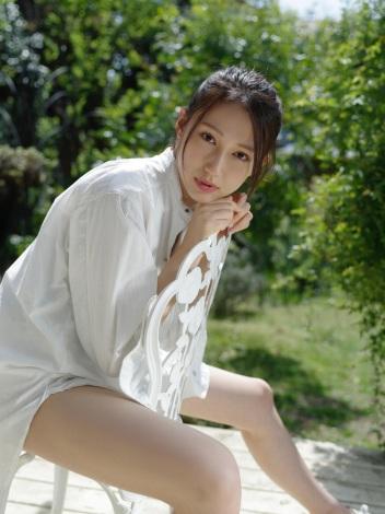 美脚と健康美を披露した大野いと(C)青山裕企/週刊プレイボーイ