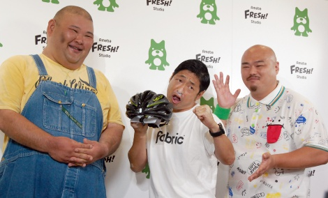 取材に応じた安田大サーカス(左から)HIRO、団長安田、クロちゃん=AmebaFRESH!Studioでの復帰会見 (C)ORICON NewS inc.