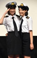 MBS・TBS系連続ドラマ『マジで航海してます。』の制作発表会に出席した(左から)飯豊まりえ、武田玲奈 (C)ORICON NewS inc.
