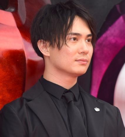 映画『パワーレンジャー』のレッドカーペットに登場した鈴木達央 (C)ORICON NewS inc.