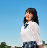 鈴木瑛美子が絢香の「みんな空の下」をカバー