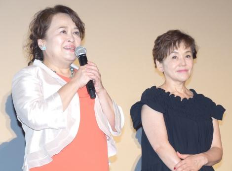 映画『メアリと魔女の花』公開初日舞台あいさつに出席した(左から)渡辺えり、大竹しのぶ (C)ORICON NewS inc.