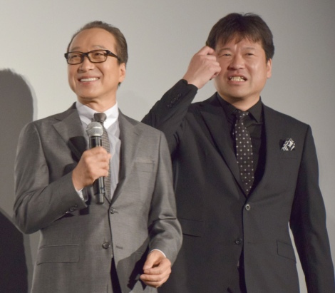 映画『メアリと魔女の花』公開初日舞台あいさつに出席した(左から)小日向文世、佐藤二朗 (C)ORICON NewS inc.