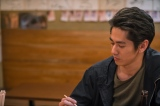 テレビ東京系土曜ドラマ25『居酒屋ふじ』第2話より。西尾役の永山絢斗(C)テレビ東京