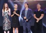 映画『アベンジャーズ/インフィニティ・ウォー』(2018年4月27日公開)(左から)カレン・ギラン、ポム・クレメンティエフ、ベネディクト・カンバーバッチ、ジョシュ・ブローリン=『D23 Expo 2017』(C)2017 Getty Images
