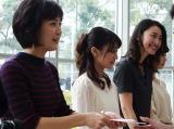 「テレビ朝日アナウンサー2016年カレンダー」トークショー&手渡し即売会の模様(C)テレビ朝日