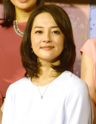 『NHKニュース7』を新たに担当することになった鈴木奈穂子アナ (C)ORICON NewS inc.