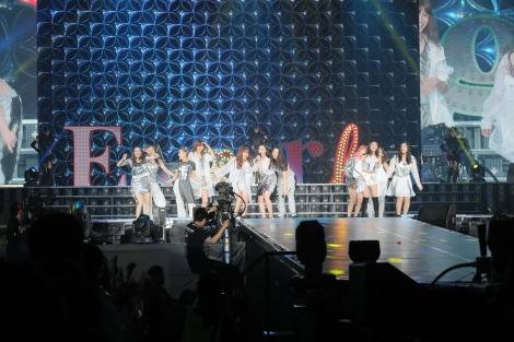 『E-girls LIVE 2017 〜E.G.EVOLUTION〜』の模様