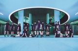 初アルバムをリリースした欅坂46
