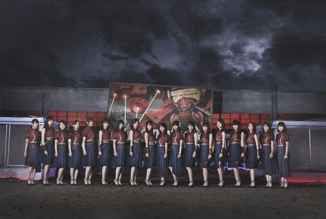 『ワンダーウーマン』とのコラボ衣装を初お披露目した乃木坂46 (C)2017 WARNER BROS. ENTERTAINMENT INC.AND RATPAC-DUNE ENTERTAINMENT LLC  (C)乃木坂46LLC