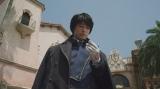 マスタング大佐役のディーン・フジオカ (C)2017 荒川弘/SQUARE ENIX (C)2017 映画「鋼の錬金術師」製作委員会