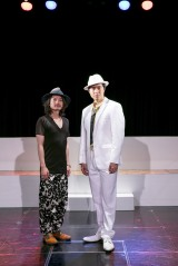 『トワイスアップ〜スペースオペラは今はいらない〜』の初日を迎えた大山真志(右)と山本タク氏