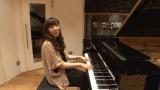 岡本真夜は2000万円以上もするグランドピアノを弾くため、群馬県の音楽スタジオへ (C)関西テレビ