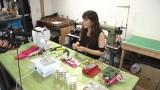 雑貨作りにハマった岡本のポーチを手作りする姿も初公開 (C)関西テレビ