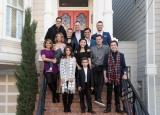 Netflixオリジナルドラマ『フラーハウス』シーズン3で、日本が舞台となるエピソードの撮影のためにメインキャストが来日へ