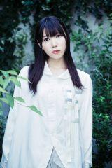 エンディング曲「ひかり、ひかり」を歌う相坂優歌