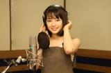 松田聖子の名曲「瑠璃色の地球」を歌う広瀬すず (C)2017「打ち上げ花火、下から見るか?横から見るか?」製作委員会