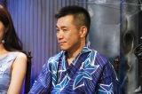 カンテレ夏の風物詩『稲川淳二の怪談グランプリ2017』8月6日深夜放送。気を送る増田英彦(ますだおかだ)(C)関西テレビ