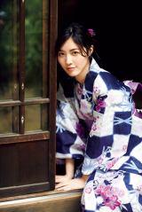 『週刊ビッグコミックスピリッツ』36・37号で浴衣姿を披露したSKE48・松井珠理奈 (C)小学館・週刊ビッグコミックスピリッツ