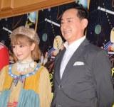 舞台『モマの火星探検記』公開ゲネプロ後の囲み取材に出席した(左から)生駒里奈、毛利衛氏 (C)ORICON NewS inc.