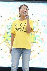 林明日香はエンディング主題歌「オラシオンのテーマ  〜共に歩こう〜」と、2003年公開の映画『七夜の願い星 ジラーチ』の主題歌「小さきもの」を披露した