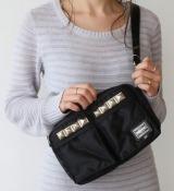 ユニセックスで男女共に使えるベーシックデザイン。MINI SHOULDER BAG税抜2万7000円