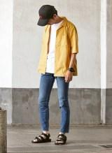 Style01 ポップなカラーリングで夏を楽しむコーデ  アイテム:「ジャーナル スタンダード レリューム」7000円(税抜)(C)oricon ME inc.